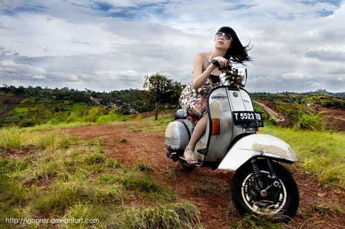 My romantic notion of what Vespa riding would be like...